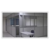 divisória para escritório com porta preço na Vila Esperança