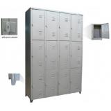 armário roupeiro de aço