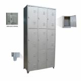 banco e armário para vestiário em Santo Amaro