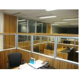 divisórias para escritório feito de madeira preço no Residencial Doze
